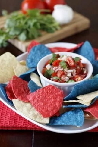 25-Ways-To-Have-The-Most-Patriotic-4th-Of-July-Party-Patriotic-Chips-and-Salsa